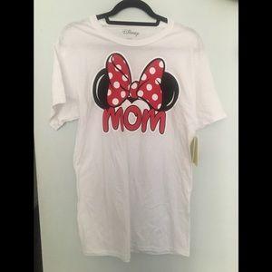 "NWT Minnie Mouse ""Mom"" T-Shirt"